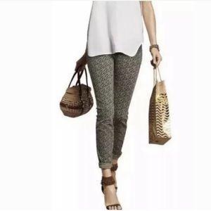 NWT CAbi Ditsy Skinny Jeans size 6